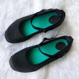 Teva Niyama Ballet Flat Mary Jane Size 6